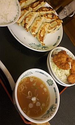 日高屋でW(ダブル)餃子定食